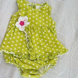 Other - Girls Flower Onsie dress- 6-9 Months